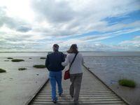 John and Victoria at the sea at dusk 1186039_10201507206178696_650983358_n