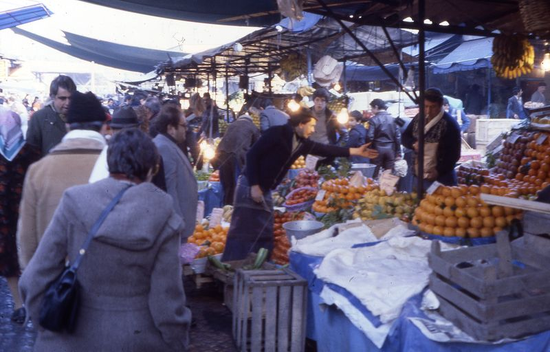 Istanbul - Pat - Fruit & Vegetable Bazaar 1-1979