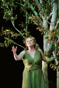 Santa_fe_opera_press_photos_daphne_