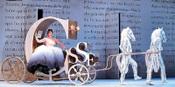 Cinderella_in_carriage_santa_fe_opera_20_1